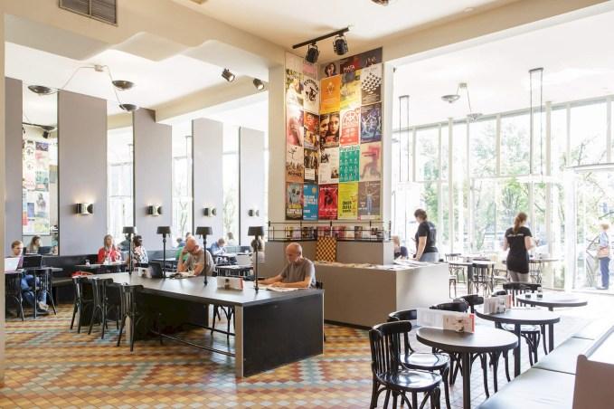 Interior Cafe de Jaren